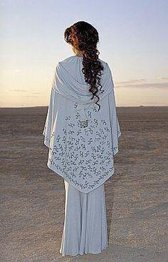 Padme Amidala, 'StarWars Episode II: Attack of the Clones'. 'Tatooine' costume back view, designed by Trisha Biggar.