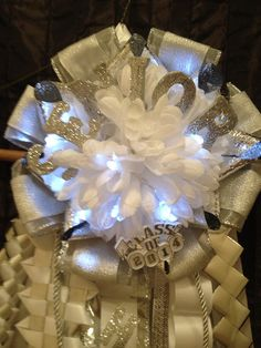 Senior Homecoming Mum with Lights gold or silver by MumAMia