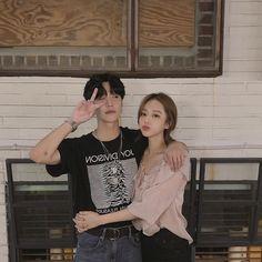 nonam ve ben Korean Couple, Best Couple, Korean Girl, Korean Ulzzang, Ulzzang Boy, Cute Couples Goals, Couples In Love, Couple Goals, Fanfic Kpop