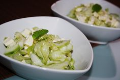 Gurkensalat mit Feta und Minze