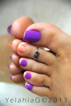 love the colors...shorter nails