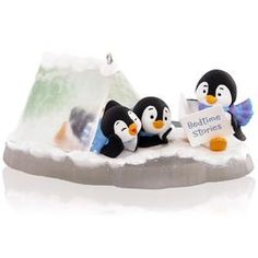 Hallmark Keepsake Penguin Bedtime Tales in a Tent Ornament Penguin Ornaments, Hallmark Christmas Ornaments, Hallmark Keepsake Ornaments, Clay Ornaments, Christopher Radko Ornaments, Ornament Hooks, Christmas Drawing, Christmas Animals, Baby Crafts