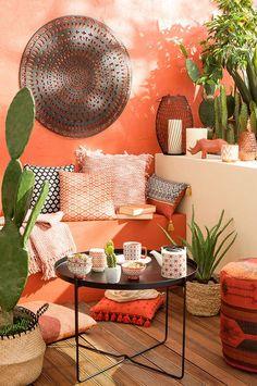 20 Tropical Miami Decor For Your Favorite Holidays Hacienda Decor, Hacienda Style, Tropical Patio, Style Tropical, Balcony Design, Interior Exterior, My New Room, Interior Design Living Room, Interior Inspiration