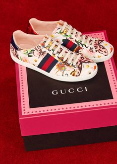 Gucci Garden Accessories: The colorful brushstroke style of the Gucci Garden print comes to life on Dionysus bags, Princetown slippers, Ace sneakers and a silk scarf from the online-only capsule collection.