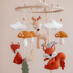 Baby mobile woodland - Baby mobile for crib - forest nursery - crib baby mobile animals Baby Mädchen Mobile, Felt Mobile, Baby Mobiles, Woodland Mobile, Natural Nursery, Woodland Forest, Felt Baby, Hanging Mobile, How Big Is Baby