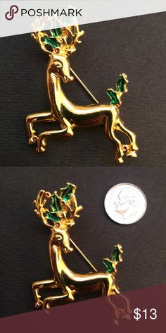 Vintage reindeer brooch In excellent condition Jewelry Brooches