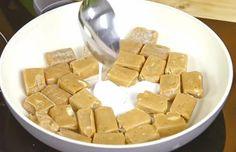 NapadyNavody.sk | Domáce chutné TWIX TYČINKY Candy, Chocolate, Food, Essen, Chocolates, Meals, Sweets, Candy Bars, Brown
