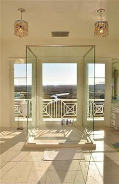 showering with a view! Freestanding glass shower packs some major bathroom pizzazz. Glass Shower, Shower Door, Classic Bathroom, Classic Interior, River House, Shower Enclosure, Beautiful Bathrooms, My Dream Home, Interior And Exterior