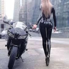 Badass Aesthetic, Bad Girl Aesthetic, Character Aesthetic, Autos Toyota, Bmw Autos, Lady Biker, Biker Girl, Motard Sexy, Motorcycle Couple