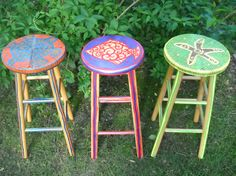 Tiki bar stools - Could so easily paint stools like this
