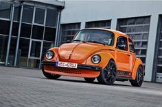 Classic Car News Pics And Videos From Around The World Volkswagon Van, Volkswagen New Beetle, Vw T1, German Look, Vw Super Beetle, Vw Classic, Beetle Convertible, Vw Vintage, Bmw 2002