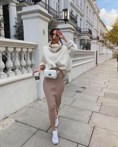 44 Best Mix Casual and Modest Outfits for Winter Fashion Street Hijab Fashion, Fashion Mode, Modest Fashion, Look Fashion, Fashion Outfits, Womens Fashion, Fashion Tips, Fashion Trends, Fashion Beauty