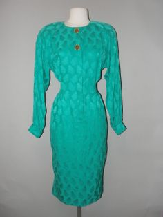 Amazing Greens, Vintage Clothing Stores, Green Silk, Silk Dress, Vintage Outfits, Shirts, Clothes, Dresses, Fashion