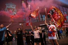 Jurden Klopp's side Liverpool has finally gotten to the end of their 30 years dead luck in the premier league title. Merseyside police urge people and Liverpool Fans, Stamford Bridge, Manchester City, Premier League, The Outsiders, Champion, Singer, Concert, Celebrities