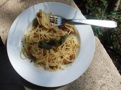 Espagueti con Nueces y Almendras al Limón