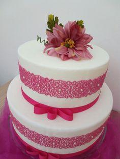 Cake lace