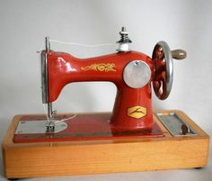 Vintage Soviet Toy Sewing Machine - 1970s - from Russia / Soviet Union / USSR…