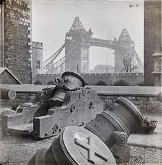 Completing Tower bridge, 1893.
