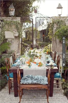 Brooke Keegan Weddings And Events tablescape idea | CHECK OUT MORE IDEAS AT WEDDINGPINS.NET | #wedding