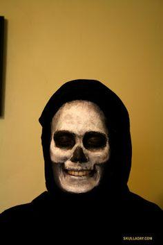 Halloween face painting skull