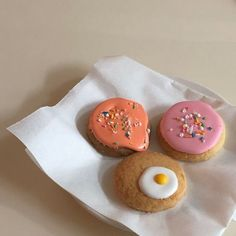 Cute Desserts, Dessert Recipes, Good Food, Yummy Food, Cafe Food, Cute Cakes, Aesthetic Food, Food Pictures, Food Art
