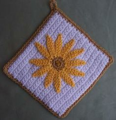Crochet Flower Potholder by Linda Weddle