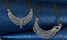 Related image Gold Jewellery Design, Gold Jewelry, Diamond Jewellery, Diamond Mangalsutra, Mangalsutra Design, Pearl And Diamond Necklace, Gold Necklace, Jewellery Sketches, India Jewelry