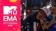 Bruno Mars – 24K Magic (Live from the 2016 MTV EMAs) - LED main screen Animation by Electronic Countermeasures.