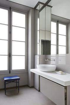// Paris Solferino by Sarah Lavoine. Photos courtesy of Sarah Lavoine Eclectic Bathroom, Bathroom Interior Design, Parisian Bathroom, Bathroom Designs, Bathroom Ideas, Paris Apartments, Cool Apartments, Apartment Furniture, Apartment Interior