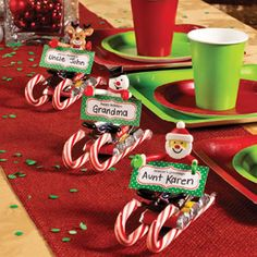 Candy Sled Place Cards free printable. Great for Christmas class party