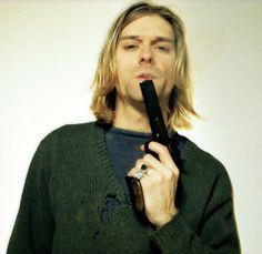 KURT COBAIN - Nuove foto inedite della scena del suicidio di Kurt Cobain