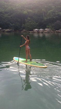Surfing holidays is a surfing vlog with instructional surf videos, fails and big waves Kayaks, Canoa Kayak, Wind Surf, Sup Girl, Stand Up Paddle Board, Sup Yoga, Fishing Girls, Windsurfing, Surfs Up