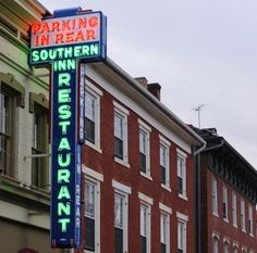 What's a weekend in Lex without fried chicken from The Southern Inn? #wluYAW