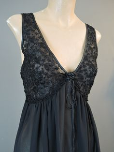 Vintage 1980s Dentelle Black Chiffon Nightgown with Embroidery, 34 to 37 inch bust - dandelionvintage