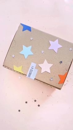 Handmade Gifts For Boyfriend, Boyfriend Crafts, Creative Gift Wrapping, Creative Gifts, Baby Gift Wrapping, Pretty Packaging, Gift Packaging, Packaging Ideas, Party In A Box