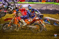 Photo Gallery of 2018 Indianapolis SX - Supercross - Racer X Online Lucas Oil Stadium, Motocross Riders, Monster Energy, Dirt Bikes, Motorbikes, Cool Photos, Photo Galleries, Bicycle, Gallery
