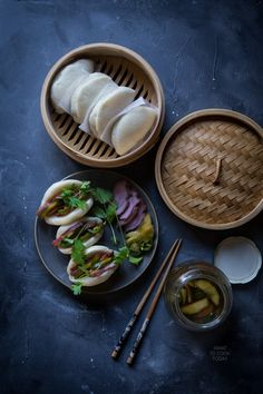 How to make Momofuku style flat buns. You can sandwich whatever in between those soft pillowy steamed buns