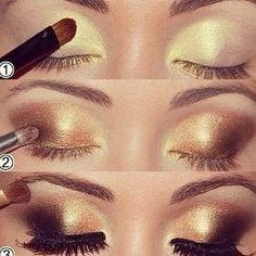 Maquillaje dorado para una noche glamurosa