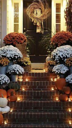 Fall Home Decor, Autumn Home, Holiday Decor, Front Porch Fall Decor, Fall Yard Decor, Fall Porches, Diy Porch, Porch Ideas, Autumn Decorating