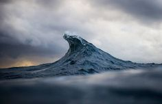 Mesmerizing Cinemagraphs of the Ocean
