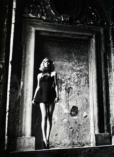 Raquel Zimmermann, photographer Mario Sorrenti.