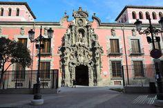 MUSEO DE HISTORIA DE MADRID. ENTRADA GRATUITA. Antiguo hospital de pobres, convertido en museo de la historia de Madrid a principios del siglo XX. Calle Fuencarral, al lado del metro de Tribunal.