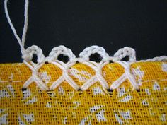 tutorial for setting up this kind of crocheted border - Filomena Crochet e Outros Lavores: - Bico de Crochet em Cruz