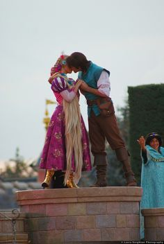 Rapunzel and Flynn by ThatDisneyLover / Laura Knighton, via Flickr. I CAN'T EVEN HANDLE THIS RIGHT NOW.