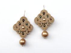 Golden Pearls. Hand embroidery soutache earrings by AlliumFlower