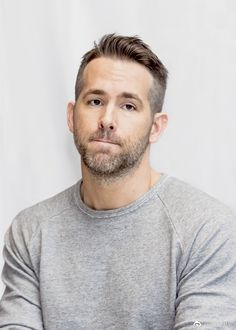 Style hair men ryan reynolds new ideas Ryan Reynolds Haare, Ryan Reynolds Haircut, Ryan Reynolds Deadpool, Beard Haircut, Men Haircut Short, Man Bun Hairstyles, Hipster Haircut, Beard Styles, Hair Styles