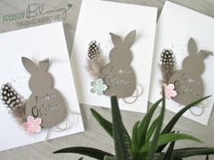 Creative mess # 033 White & your favorite color Source by Sawepse Diy Wedding Shoes, Stamping Up, Easter Bunny, Favorite Color, Paper Art, Card Making, Place Card Holders, Blog, Create
