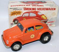 Vintage Battery Op #1-150 Tin SMOKING VOLKSWAGEN VW Beetle Bug, Aoshin Japan