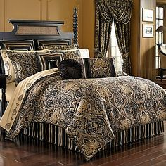 Make your bed fit for a king or queen with the opulent J. Queen New York Paramount Comforter Set. Dressed in a royal medallion design with a damask print, the bold gold and chocolate brown bedding instantly adds sumptuous style to any room's décor.