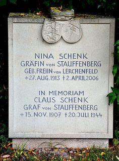 Grave of Nina Stauffenberg and memorial to Claus von Stauffenberg at Kirchlauter, Bavaria